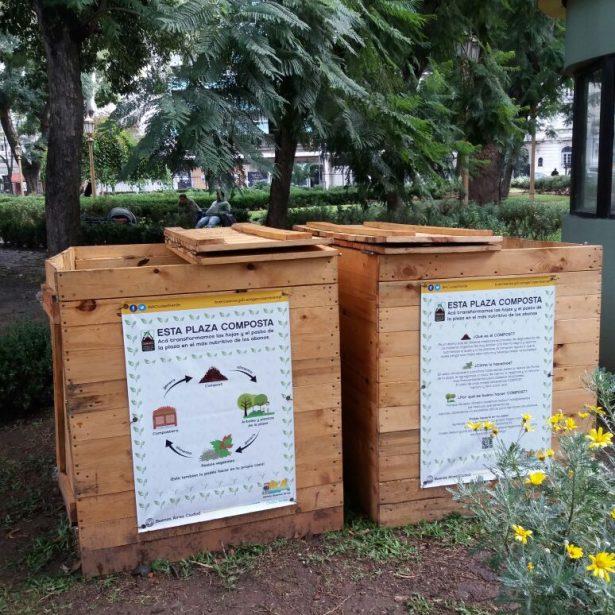 Composteras dispuestas en Plazas hechas para APRA